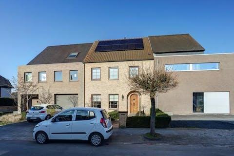 Instapklare woning met 3 ruime slaapkamers en zonnige tuin in Ruisbroek, Puurs