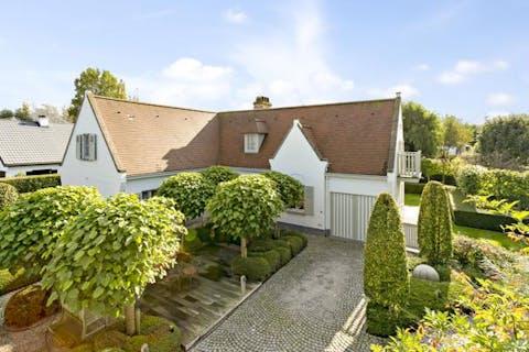 Magnifieke villa in residentiële buurt in Knokke-Heist