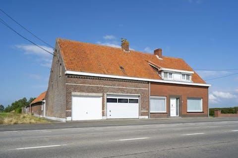 Huis te koop op 3.247 m² grond