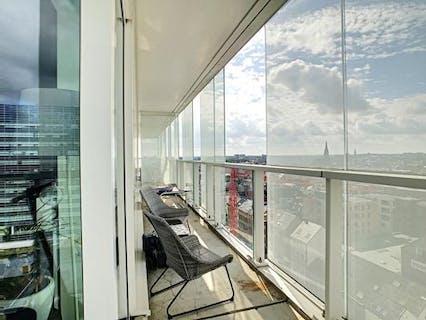 Instapklare luxe studio in de Parktoren te Antwerpen