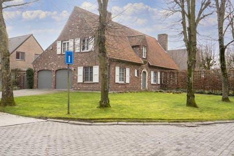 Residentieel en rustig gelegen villa nabij Kortrijk!