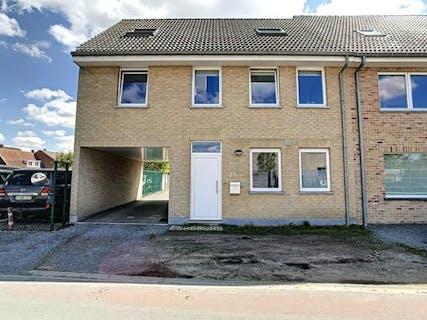 Huis te koop met 3 slaapkamers in centrum Lotenhulle